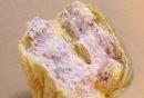 八天堂の新作、ストロベリー くりーむパンを食べてみました