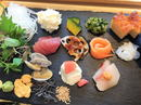 SUSHIにぎり座、自分で作る「手織り寿司」も楽しいオシャレ寿司店