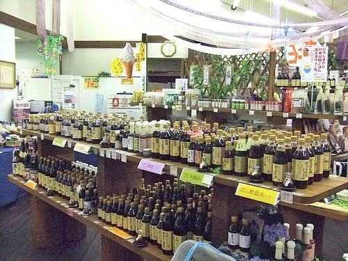 川中醤油 店内
