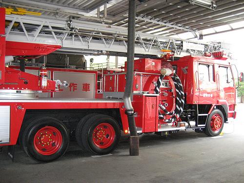 スケルトン消防署 消防車9