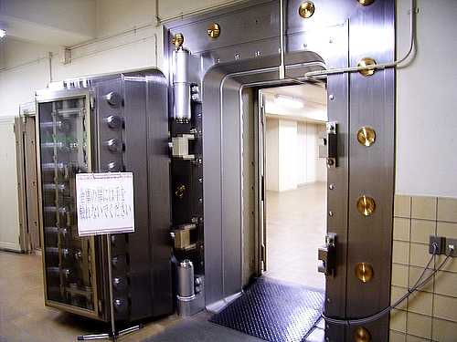 旧日本銀行広島支店 金庫