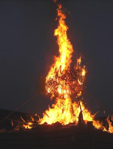 錦帯橋とんど祭り 2011 岩国市にて7
