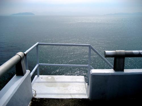 鹿島大橋 から見た瀬戸内海