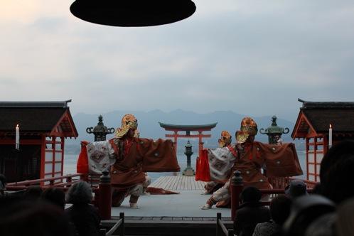 宮島 厳島神社の桃花祭 画像