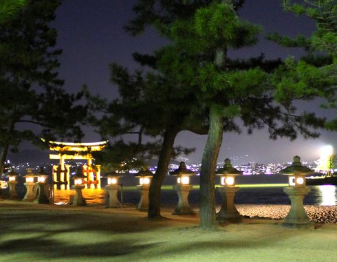 夜 安芸の宮島 画像5