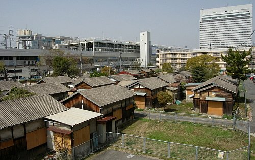 若草町の木造住宅団地