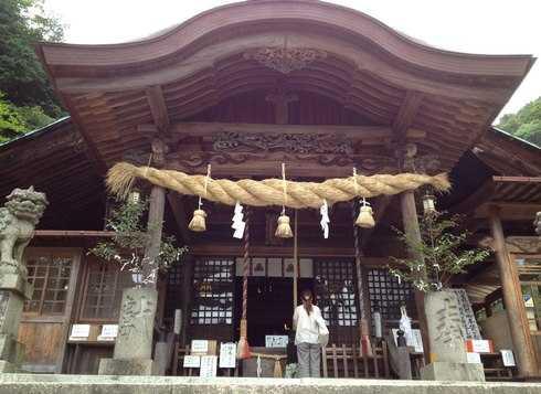 大頭神社と妹背の滝