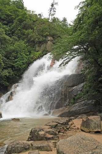 妹背の滝、雨の翌日