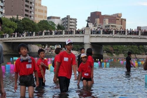 広島 灯篭流し 画像3