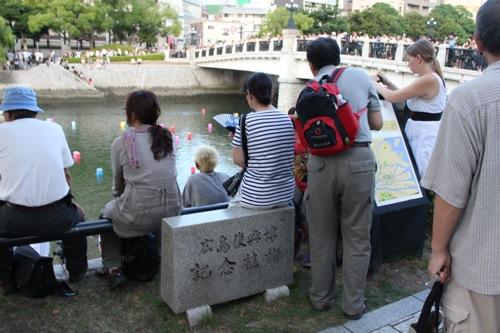 広島 灯篭流し 画像7