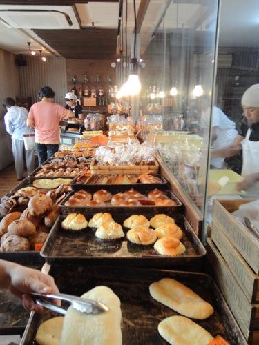 シュシュ(CHOU-CHOU)、福山市 松永の小さな人気パン屋