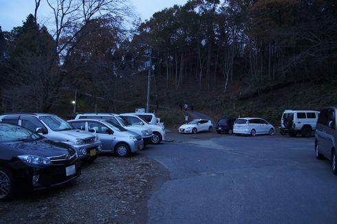 三次市、高谷山展望台の駐車場