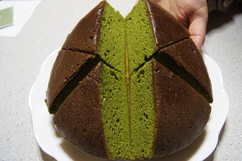 駿河園 茶の環、広島の 抹茶バターケーキ3