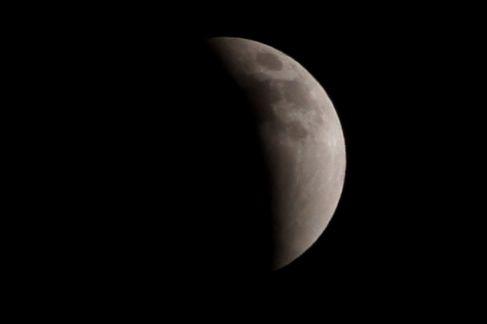 皆既月食、広島でも綺麗に観測