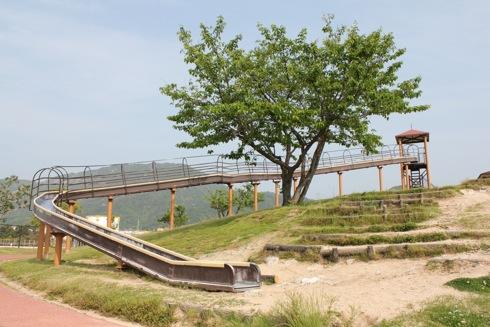 小田島公園 ローラー滑り台