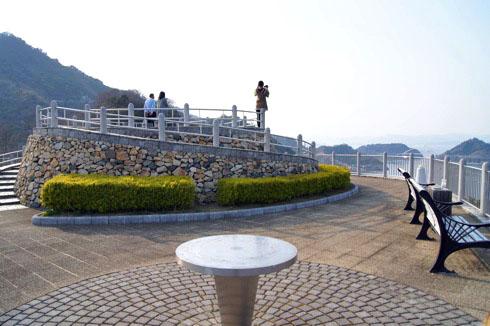 歴史の見える丘公園、大崎下島 御手洗から四国まで一望できる