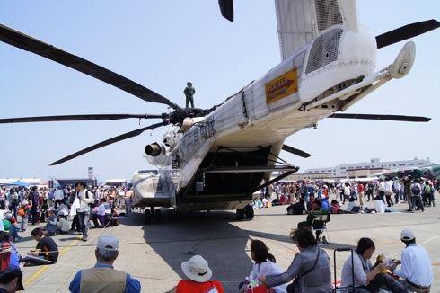 岩国フレンドシップデー2012、米軍基地に28万人
