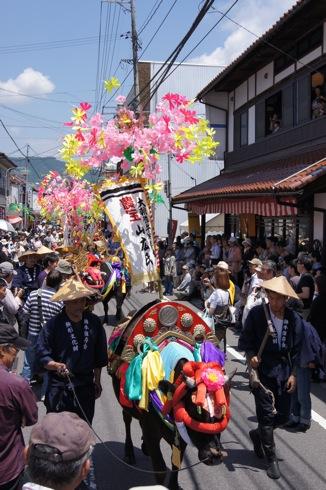 北広島で壬生の花田植え、過去最多15000人