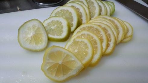 レモンの輪切り 画像