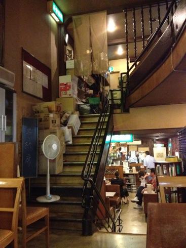 シャモニーモンブラン 広島 3階の様子