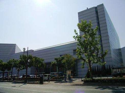 厚生年金会館 は広島文化学園HBGホールへ