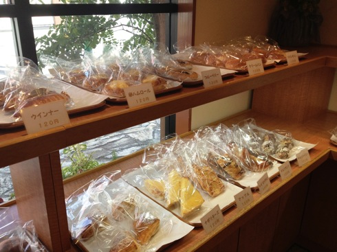 コペイカ 大竹市のパン屋さん パンの陳列
