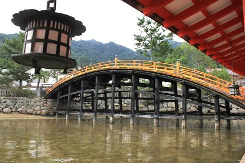 宮島 厳島神社 反橋の写真