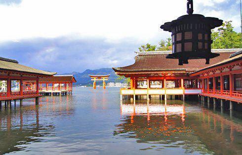 宮島 厳島神社 大鳥居とのコラボ