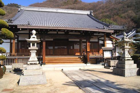 映画 東京家族のロケ地となった 圓妙寺(広島県・大崎上島)、住職もエキストラ出演