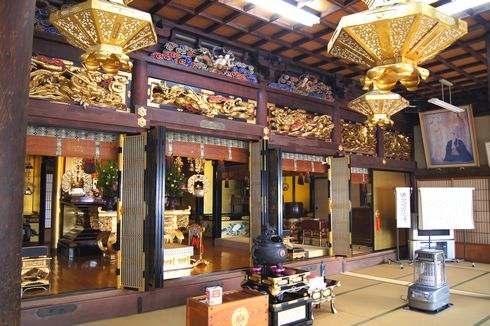 圓妙寺(広島県・大崎上島) 中の様子
