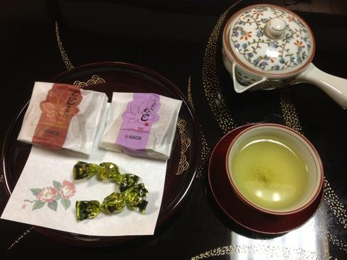 きのえ温泉ホテル清風館 茶菓子はもみじ饅頭