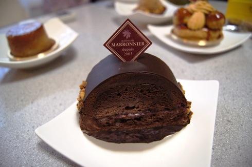 パティスリーマロニエで大人のケーキ、仏伝統菓子 ガレットデロワも