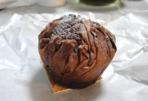 広島の 焼きモンブラン、パティスリーアルファ