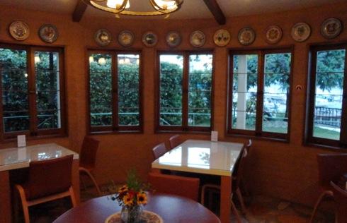 ドンフェデリーコ 円形の部屋2