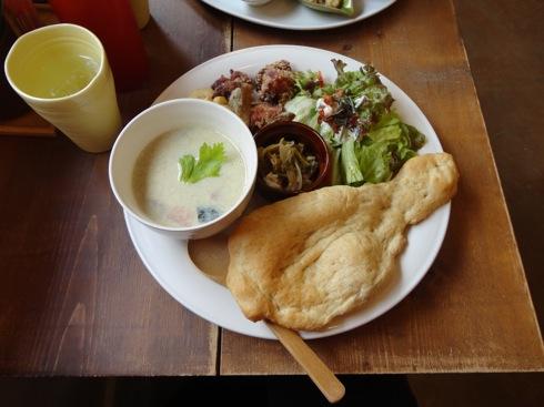 chimi cafe(チミカフェ) 白いスープカレーランチ