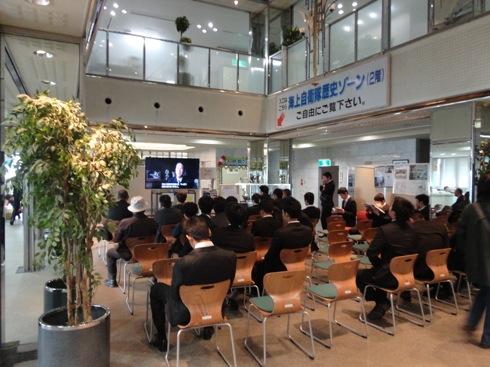 江田島 海軍兵学校 見学者集合の図