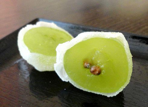 ひとつぶのマスカット、広島 共楽堂の季節限定和菓子