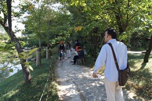 縮景園の中の散歩道