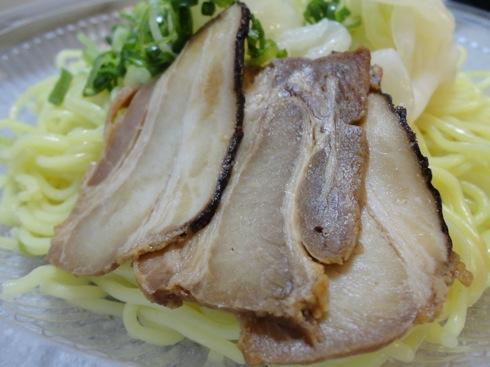 ファミマのばくだん屋 つけ麺 チャーシューの画像