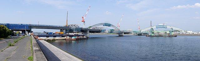 広島南道路、架橋の様子