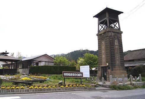 時報塔、東広島市に大正から残るレトロな塔は 国の登録有形文化財