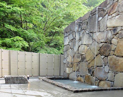 道の駅 スパ羅漢 温泉の打たせ湯