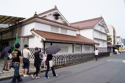 酒蔵通り、東広島市西条の町並み2