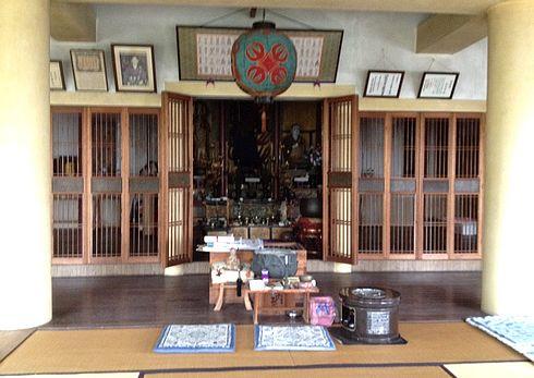 江田島 大窪寺の中