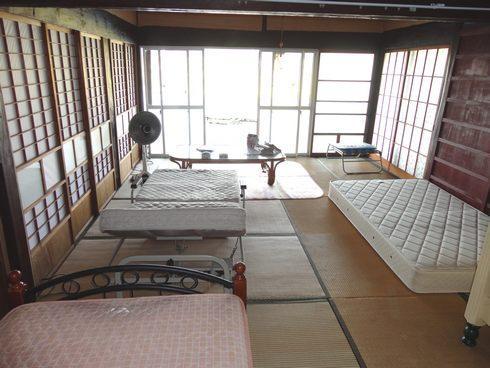 東広島市のライダーハウス、旅の宿 ルート375 中の様子