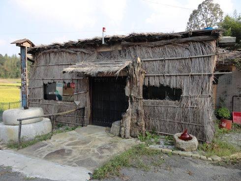 東広島市のライダーハウス、旅の宿 ルート375 アクセサリー工房