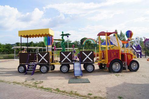 みよし運動公園 遊具の画像6