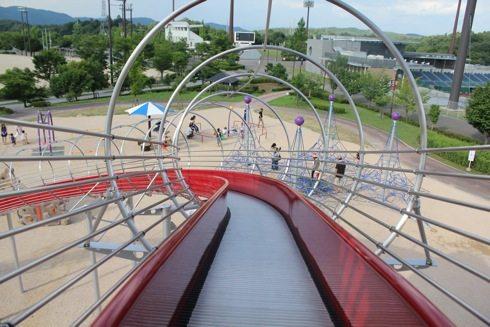 みよし運動公園 ローラー滑り台の画像