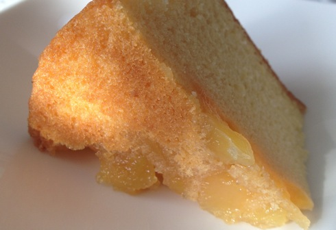 敦盛さん 高野りんごのバターケーキ 底面にりんごのコンポート