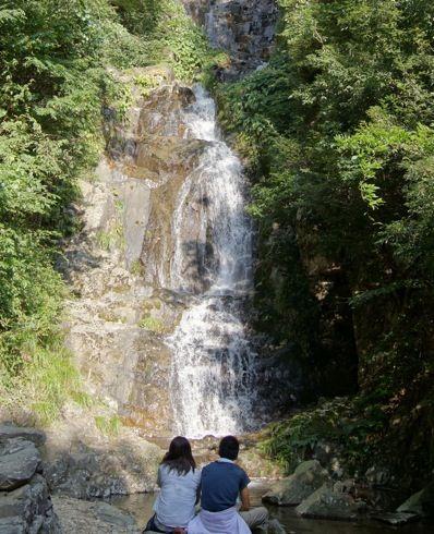 三次 常清滝、高さ126m 広島で唯一の日本の滝百選